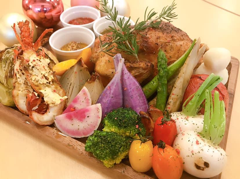 【期間限定】クリスマスディナー付きプラン!国産丸鶏ローストと伊勢海老のグリルで、特別な夜を・・